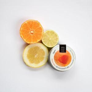 🍋DESODORANTE BIO Frescor cítrico: la combinación perfecta de pomelo, mandarina y limón para ponerte las pilas por las mañanas en esos días que pagarías por quedarte en la cama.🚿 #desodorantesolidobio #amapolabio #desodorantebio #desodoranteseguro #vistetupieldesnudatucosmetica #cosmeticaecologica #cosmeticavegana #cosmeticaartesana